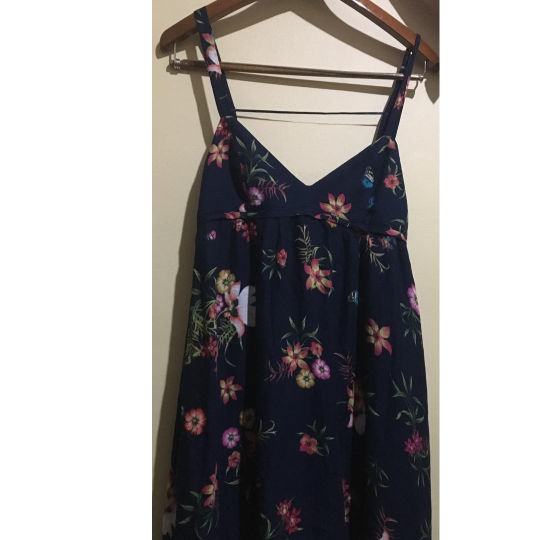 Pull & Bear Cut-Out Summer Dress