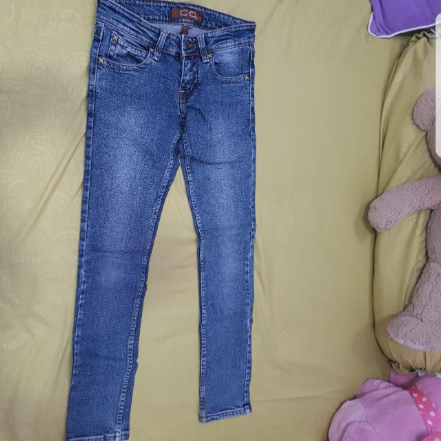 REPRICE!! Celana Jeans