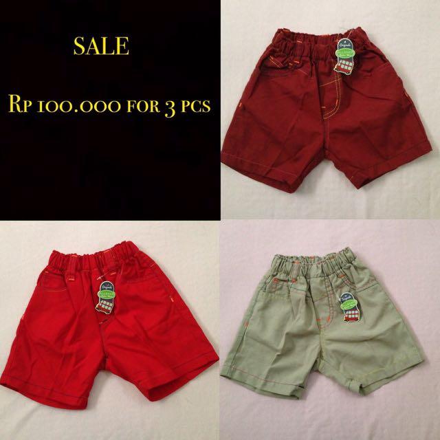 SALE 12-18m Celana Pendek Boy