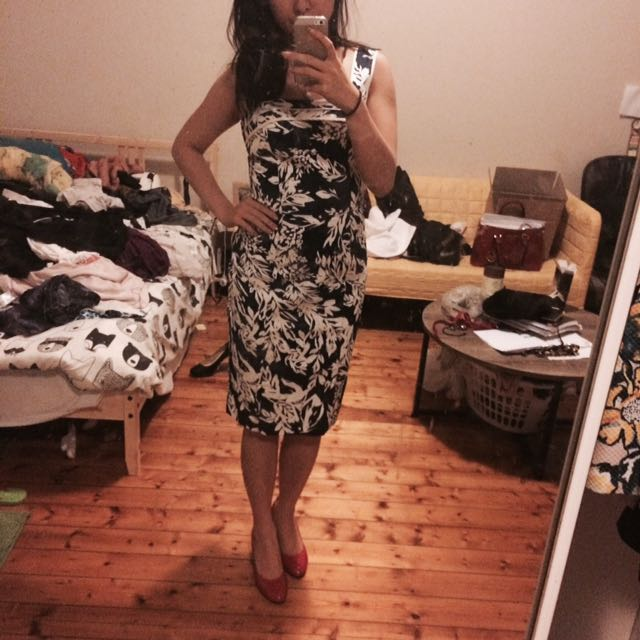 Size 8 Review Dress
