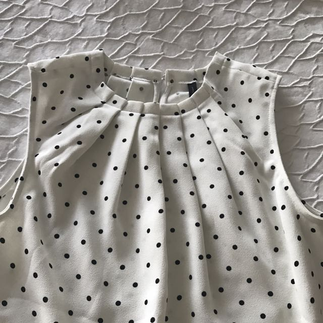 White Sleeveless Spotted Top