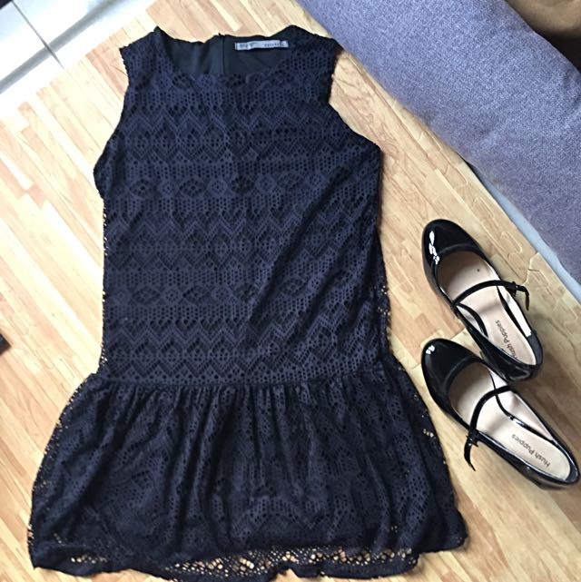 Zephyros Lace Black Dress