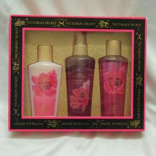Authentic Victoria's Secret Pure Seduction 3-in-1 Set