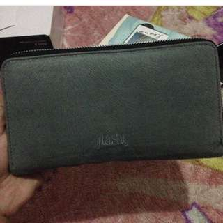 Dompet Flashy