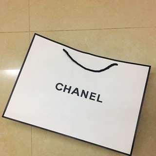 Chanel Black And White Shopping Bag紙袋