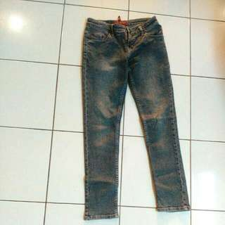 Level Jeans