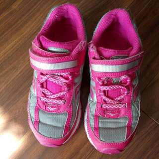 Saucony pink runners for a girl size 12.5