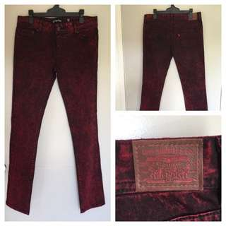 Levi's Red/Black Jeans