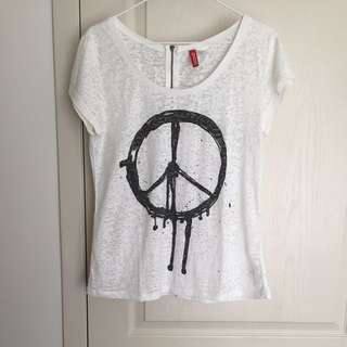 H&M DIVIDED Peace T-Shirt