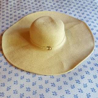 Cream/Gold Sun Hat