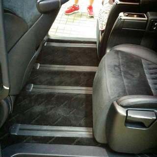 傳統毛絨及PVC汽車地毯,地台墊,尾箱墊,錶台墊,車款多不能盡錄,歡迎查詢!