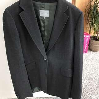 Suit Jigsaw Size 12