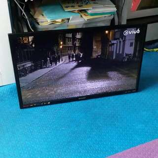 SHARP LCD TV, 32 INCHES