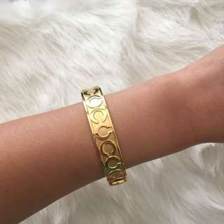 Authentic Coach Bracelet in Gold