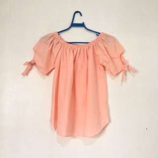 peach off-shoulder blouse 💫