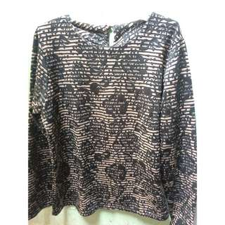 Sweater timbul