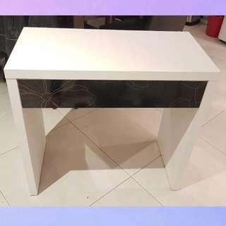 Desk / Dresser