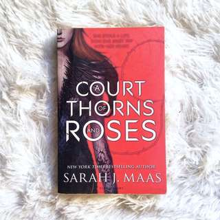 A Court of Thorns and Roses (Preloved Book)