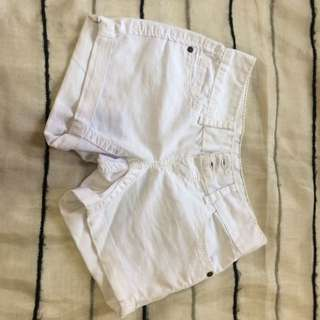 RUE21 WHITE SHORT