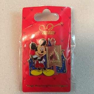 香港迪士尼樂園徽章米奇Mickey Mouse包平郵