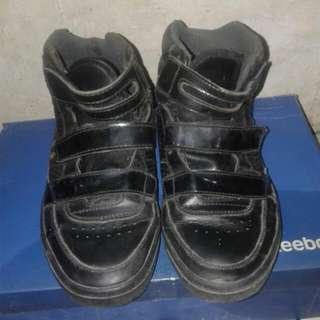 Sepatu Tomkins Original