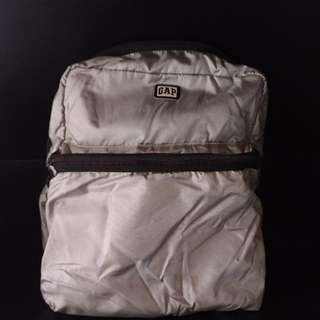 Gap Silver Body Bag