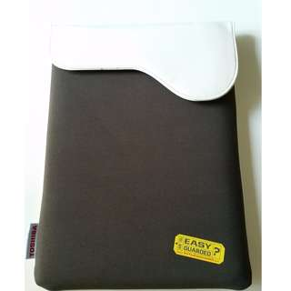 Protective Laptop Case - Leather Feel