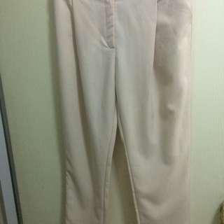 米色西裝老爺褲