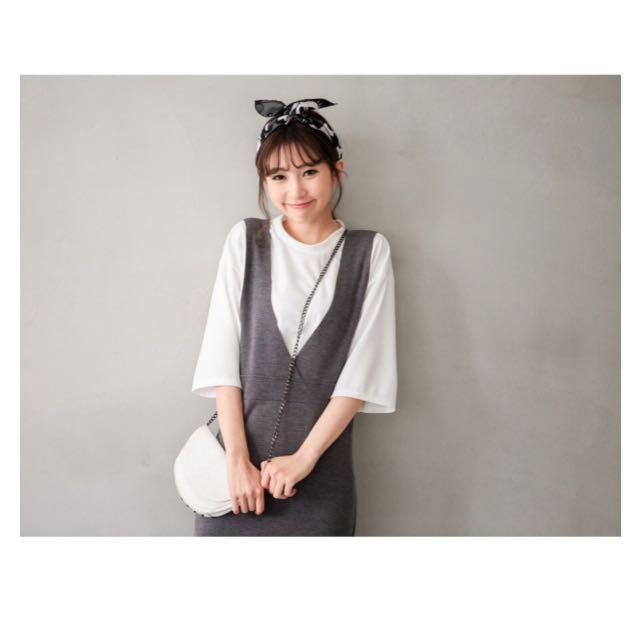 全新✨ 壓紋上衣+彈性吊帶洋裝 兩件式連身洋裝 👗 可分開穿搭喔 韓風