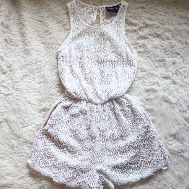 👑 Minkpink Lace Playsuit Size XS