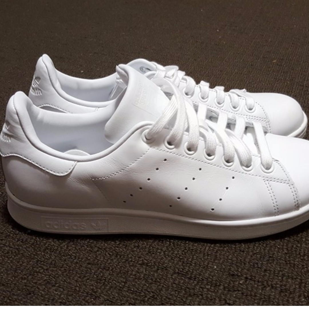 b55e03e14338 Adidas Stan Smith Triple White