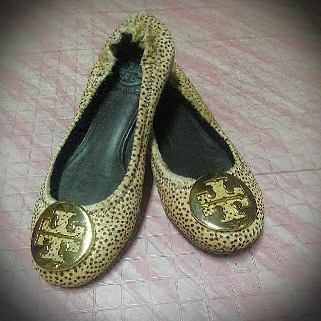 24587db7e Animal Print Shoes - Tory Burch (Authentic)