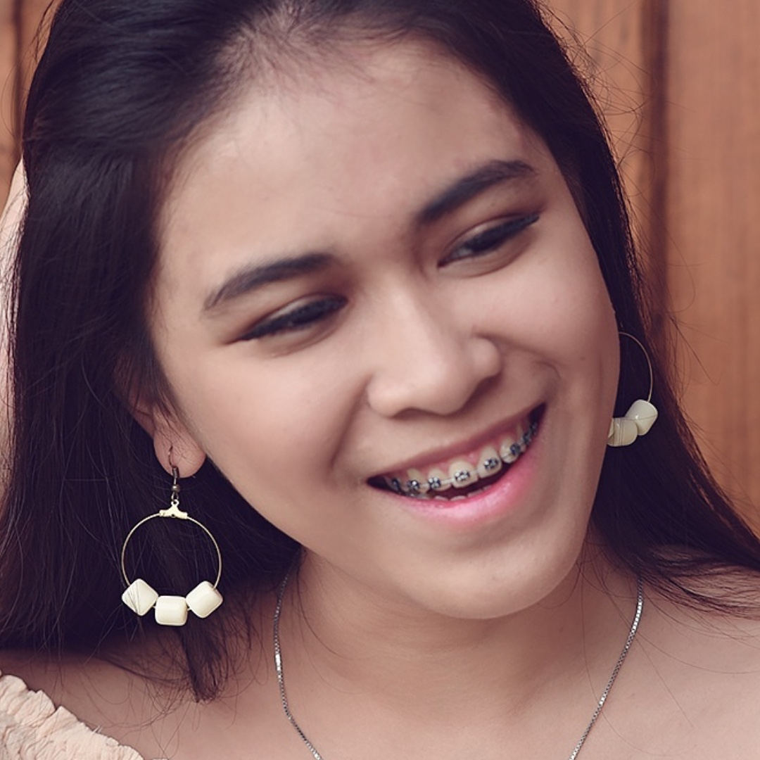 ANTING HANDMADE - GEMINI MOON WHITE / EARRING / EARRINGS / GIWANG