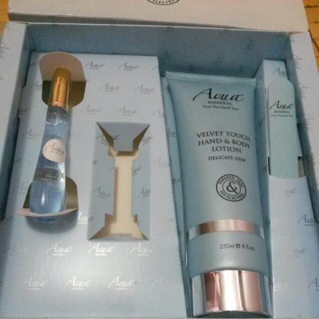 REPRICED Aqua Mineral Box Set 3 pcs