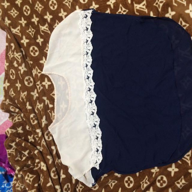 Baju Putih Biru