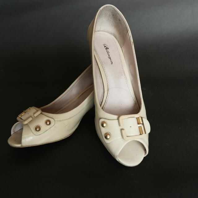 REPRICE Bellagio Nude Kitty Heels