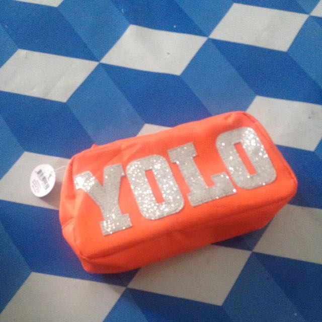 casemate yolo summer pouch