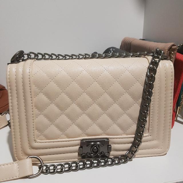 Chanel Le Boy Bag Cream