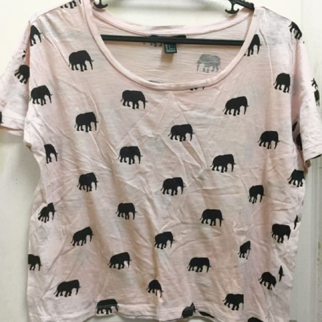 Forever 21 Elephant Printed Cropped Top