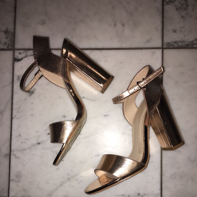 Gold Heels Size 39