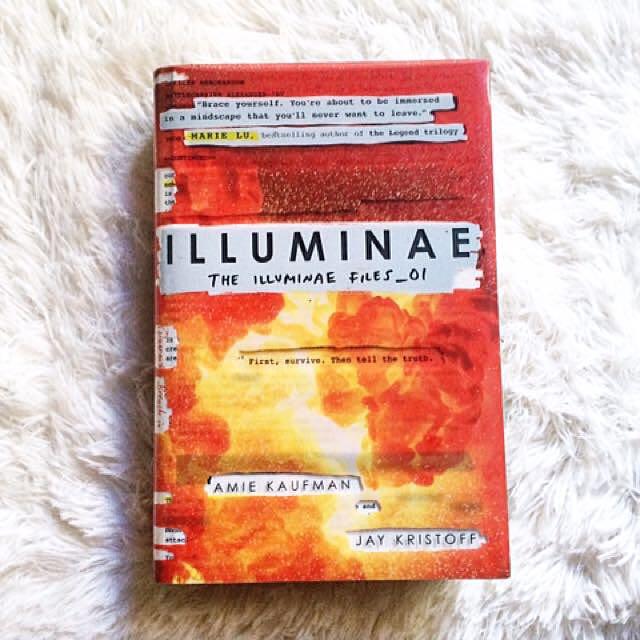 Illuminae (Hardbound) (Preloved Book)