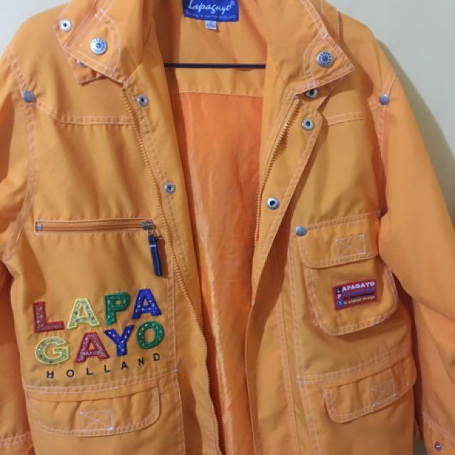 Lapagayo Trench Coat