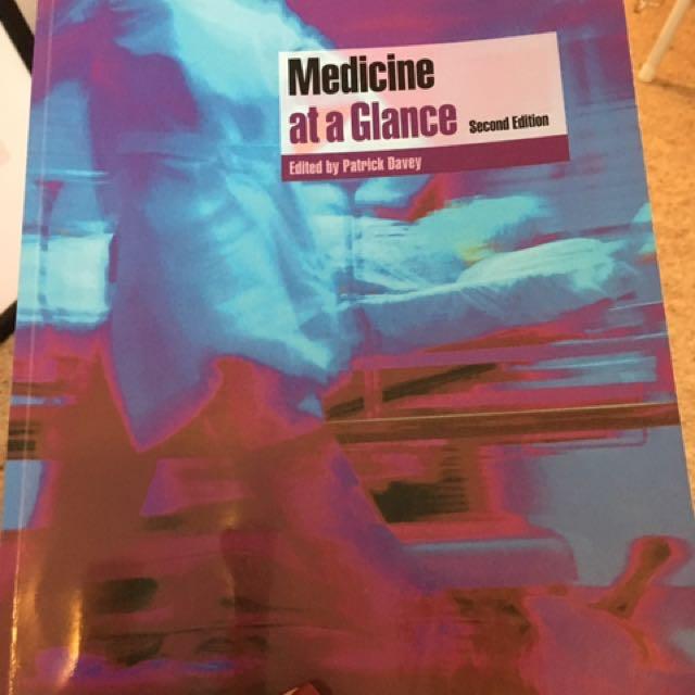 Medicine At A Glance, 2nd Edition