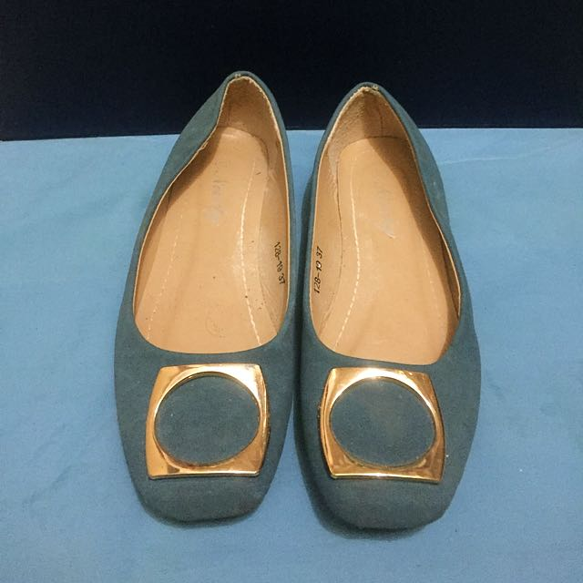 Nicely Ballet Flats