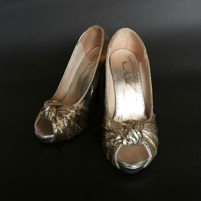 REPRICE Nine West Gold Ribbon NOT ORI