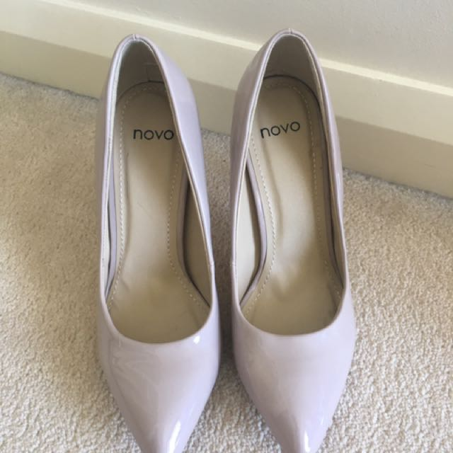 Novo Pump Shoes In Nude