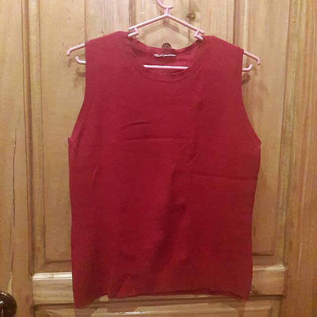 Red Knitted Sleeveless Top