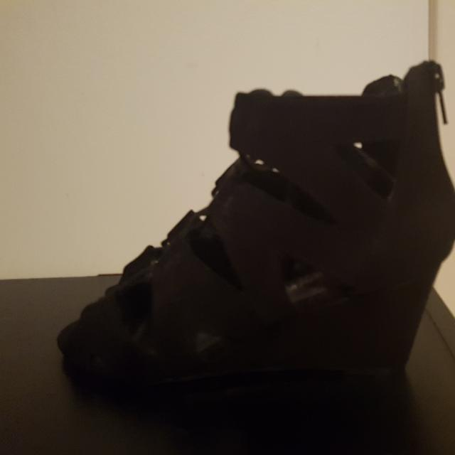 Size 6 Black Strappy Wedges