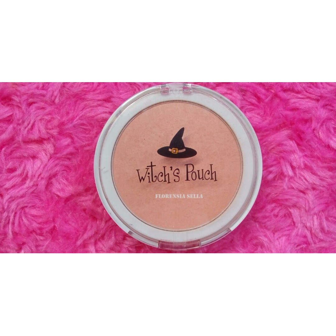Witch's Pouch Love me Blusher 05