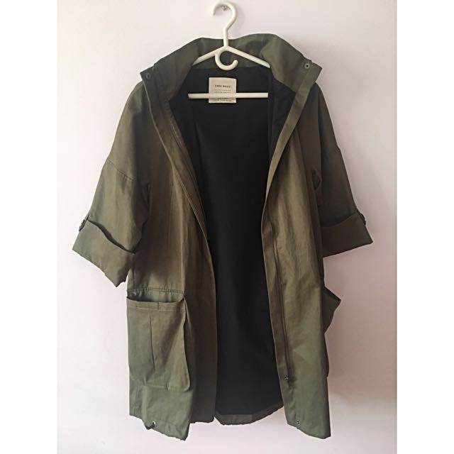 Zara Basic Green half-sleeve Trench